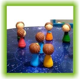 Constelação real com bonecos
